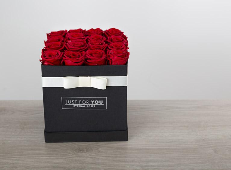 Caja rosas cuadrada
